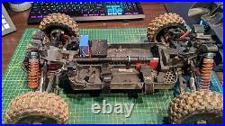 Arrma 1/8 Typhon 4x4 3s roller has no motor Read description for other parts